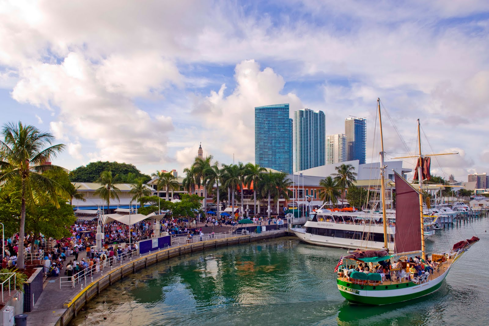 best_shops_in_miami_bayside_marketplace  - casa grande